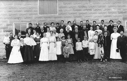 gathering-1911