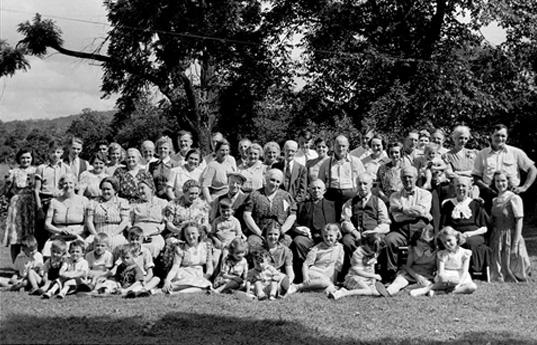 gathering-1940